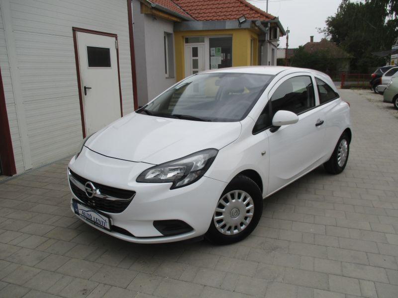 Opel Corsa E 1.2  46e km 1.Tul