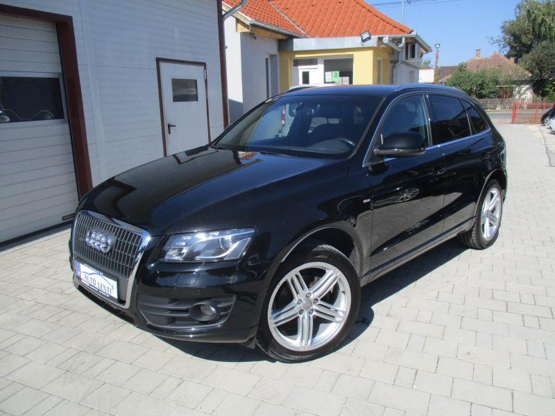 Audi Q5 2.0 CRDTI S-LINE Szervizkö